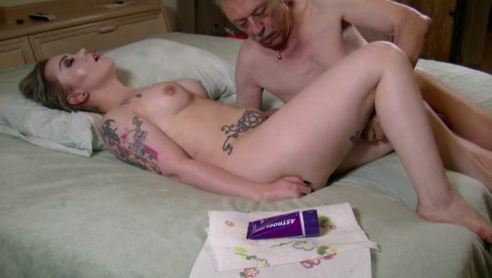 Tara Ryze – Grandpas Private Sex Tapes 2