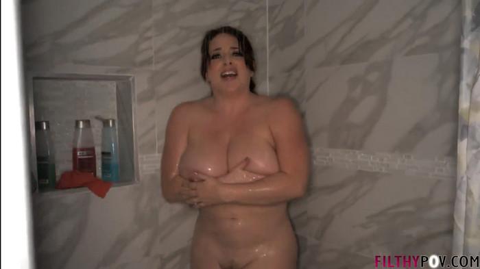 Maggie Green – Busty Milf Fucks Big Dick Perverted Son