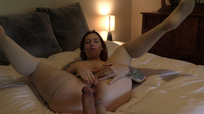 Bettie Bondage – Sons Double Penetrate Mom