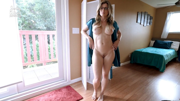 Cory Chase – Step Mom Lets me Give her a Creampie