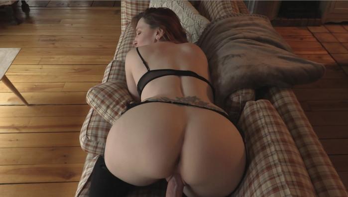 Bettie Bondage – Fucking Your Girlfriends Hot Mom